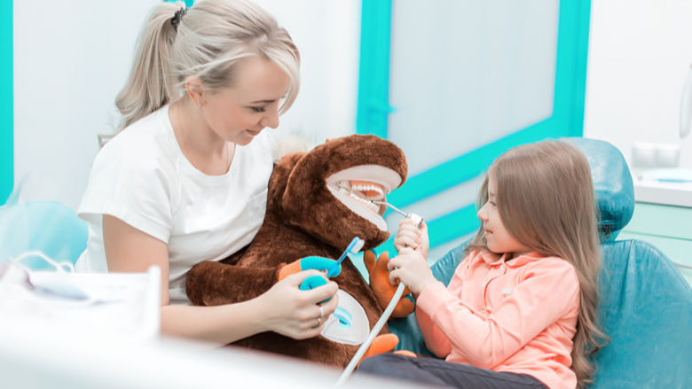 Review shows distraction techniques may reduce dental anxiety